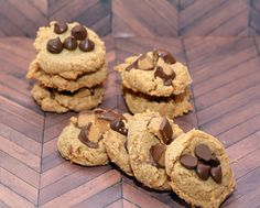 GLUTEN FREE HUGS & COOKIES XO: 3 INGREDIENT PEANUT BUTTER COOKIES THAT ARE AMAZING!!! SEEM ALMOST TOO GOOD TO BE TRUE!