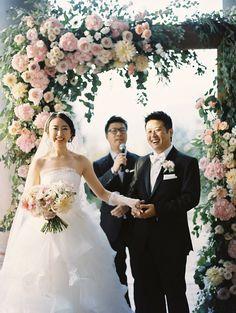 Elegant Flower Wedding Arch | photography by http://www.kirillbordon.com/