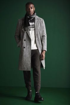 Revisiting everyday essentials, River Island unveils its fall-winter 2016 men's collection. Various themes come together for the occasion, beginning with a contemporary spin on the military trend. Instant must-haves such as the MA1 bomber jacket and textured knitwear contribute to River Island's irresistible lineup. Related: River Island Design Forum Taps YMC for Collaboration River Island... [Read More]