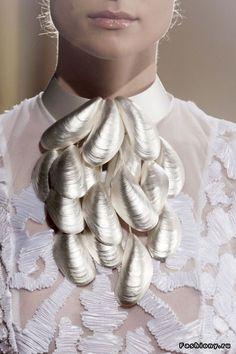 shells necklace, stylish jewelry