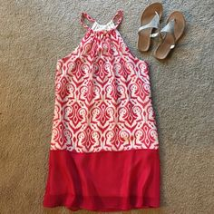 Pink and white knee length dress. Lined. LIKE NEW! Lined dress has sheet pink and white overlay. LIKE NEW! Size medium. Bundle and save $$!! Charming Charlie Dresses Midi