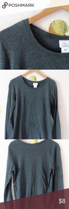 ~*~Oh Baby! Long Sleeve Maternity Top~*~ Really comfy long sleeve top. This top is in like new condition! Oh Baby by Motherhood Tops Tees - Long Sleeve