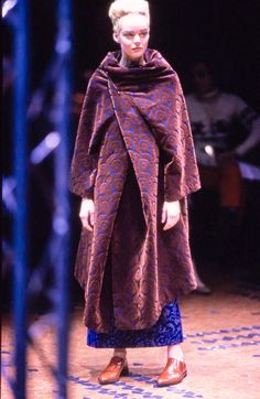 Comme des Garçons Fall 1996 Ready-to-Wear Collection Photos - Vogue