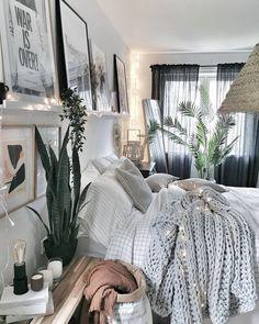 #industrialBedroom Bohemian Bedroom Design, Bohemian Bedrooms, Grey Bedrooms, Grey Bedroom Decor, Deco Studio, Style Deco, Boho Style, Aesthetic Room Decor, Minimalist Bedroom