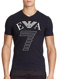 Emporio Armani - Logo-T-Shirt mit Logo Emporio Armani, Armani Men, Cool T Shirts, Tee Shirts, Independent Clothing, Armani Logo, Casual Wear For Men, Men's Wardrobe, Logo Nasa