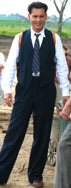 Johnny Depp behind-the-scenes as John Dillinger in Public Enemies. Costume by Colleen Atwood.