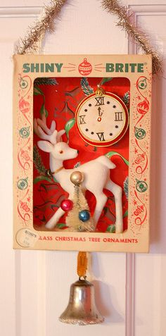 Vintage Ornament Box Diorama I'm always intrigued with the wonderful graphics on vintage boxes. Antique Christmas, Noel Christmas, Vintage Christmas Ornaments, Retro Christmas, Vintage Holiday, Christmas Projects, Holiday Crafts, Christmas Decorations, Kitsch