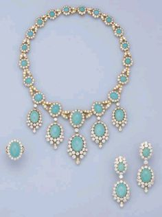 ** Turquoise and diamond set