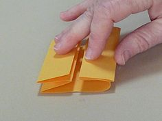 Making Handmade Books: Instructions: A Book Structure from Australia Concertina Book, Accordion Book, Book Crafts, Paper Crafts, Art Crafts, Book Binding Cloth, Bookbinding Tutorial, Bookbinding Ideas, Homemade Books
