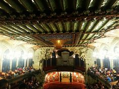 Noite de espetáculo no Palau de La Musica Catalana