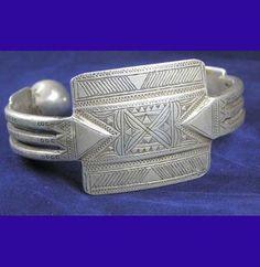 Tuareg Silver Khal khal cuff with beautiful etching Morocco Berber Jewellery £185.00