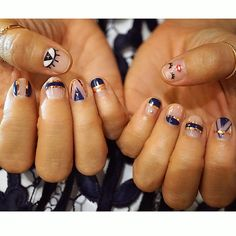 Navy and rose gold K-Pop nails for our Vita Fede party tonight in Seoul!