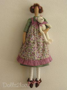 Tilda doll Annaliese wearing a soft green spotty от Dolls2love