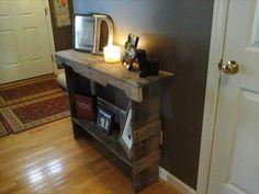 DIY Pallet Entry Way Desk   99 Pallets