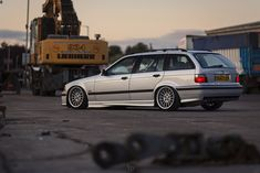 Fantastic touring on OEM BMW Styling 32 wheels Bmw E36 Touring, Bmw 325, Bmw Alpina, Chrysler Sebring, Bmw Wagon, Porsche 944, Bmw 3 Series, Car Manufacturers, Dream Cars