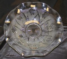 "Vintage 1940s Clear Depression Glass Iris & Herringbone 11-1/2"" Bowl Jeanette Co $37"