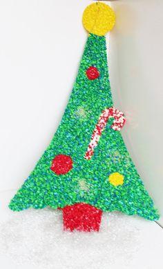 Retro Plastic Molded Popcorn Christmas Tree Wall by TheBlueRam, $18.00@pennfoster #bemorefestive #choosetobemorefestive