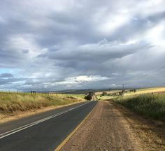 A summary of my drive down the Garden Route - from Cape Town to Port Elizabeth with tips and recommendations of places to go and things to do. Port Elizabeth, South Africa, Places To Go, Things To Do, Country Roads, Garden, Travel, Things To Make, Garten