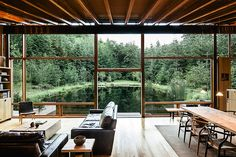 Newberg house, by Cutler Anderson Architects
