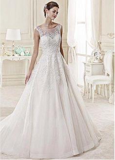 Elegant Tulle Bateau Neckline A-line Wedding Dress With Beaded Lace Appliques