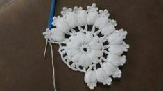 This Pin was discovered by Ard Puff Stitch Crochet, Quick Crochet, Crochet Stitches, Crochet Dollies, Crochet Flowers, Crochet Lace, Wool Embroidery, Hand Embroidery Stitches, Crochet Blocks
