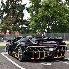 Sinon's Lamborghini Centenario