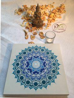 Handgemaltes Mandala mit Buntstiften auf Leinwand 30 x 30 cm Artwork, Mandalas, Colouring Pencils, Glee, Canvas, Work Of Art, Auguste Rodin Artwork, Artworks, Illustrators