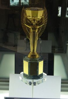 FIFA World Cup Trophy, the Jewels of honour// read full story ! http://sportyghost.com/fifa-world-cup-trophy-the-jewels-of-honour/