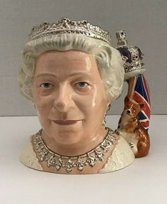 Royal Doulton Queen Elizabeth II Large Character Toby Jug D7256 2006 New Boxed | eBay Royal Doulton, Olympic Basketball, Hub Caps, Movie Props, Vintage Gifts, Queen Elizabeth, Special Gifts, Gifts For Mom, Pop Culture