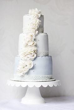 Ruffle cake  by Call me cupcake, via Flickr