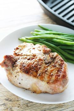 Juicy thick cut pork chops are simple to prepare and the result can rival any traditional steak. Perfect Thick Cut Pork Chops - Juicy thick cut pork chops are simple to prepare and the result can rival any traditional steak. Thick Pork Chop Recipe, Oven Pork Chops, Easy Pork Chop Recipes, Pork Rib Recipes, Boneless Pork Chops, Grill Recipes, Easy Recipes, Seared Pork Chops, Rib Recipes