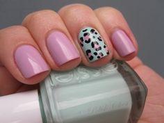 Pastel leopard nails
