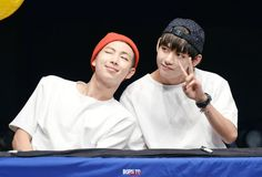 "taetaehyungs: """" Favourite VMON shots by Fansites pt.2 