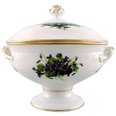 Antique Royal Copenhagen Large Tureen in Flora Danica Style, Circa Late 19th Century