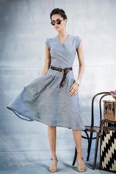 Льняное расклешенное платье