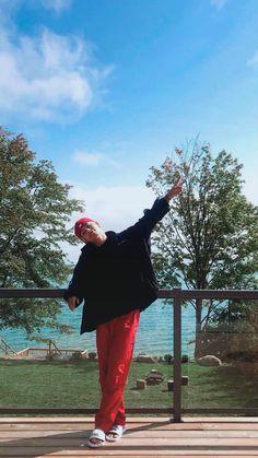 I love this man💜 V Taehyung, V E Jhope, Foto Bts, Bts Boys, Bts Bangtan Boy, V Smile, V Bts Wallpaper, Kim Namjoon, Bts Aesthetic Pictures