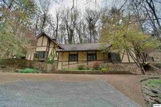 1116 Ski Mountain Rd, Gatlinburg, TN 37738
