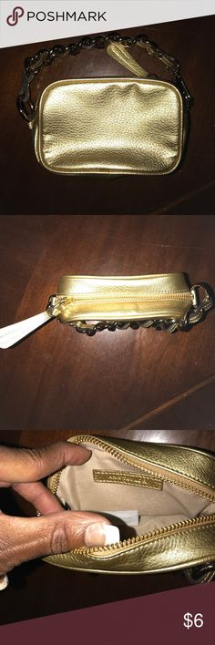 Ann Taylor wristlet This is a cute little wristlet by Ann Taylor Ann Taylor Bags Clutches & Wristlets
