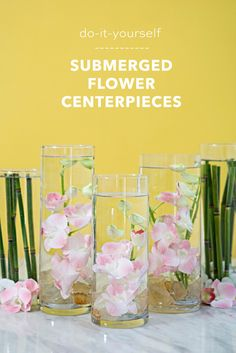 Dekoration Easy flowers Learn Submerging Trick WaterYou HAVE To Learn Our Easy Trick For Submerging Flowers In Water! Water Centerpieces, Wedding Table Centerpieces, Floral Centerpieces, Floral Arrangements, Flower Ball Centerpiece, Centrepieces, Water Flowers, Diy Flowers, Flower Decorations