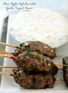 Mini Kafta Kabobs With Garlic Yogurt Sauce – sauce (fat free plain Greek yogurt,… Lebanese Recipes, Turkish Recipes, Greek Recipes, Meat Recipes, Indian Food Recipes, Cooking Recipes, Healthy Recipes, Beef Kabob Recipes, Snacks
