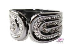 Dazzle bracelet by Premier Designs