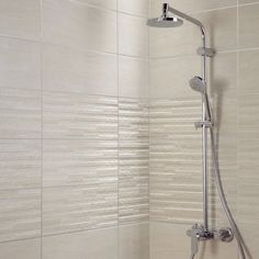 Tile Bathrooms 363876844875004774 - Source by neviade Small Attic Bathroom, Beige Bathroom, Bathroom Design Small, Tile Bathrooms, Contemporary Bathrooms, Modern Bathroom, Murs Beiges, Bathroom Photos, Large Shower