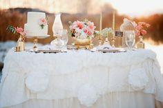 Confira dicas para montar uma mesa de casamento maravilhosa. (Foto: Divulgação)