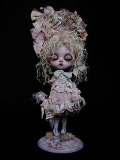 Honoria Vampirica by Julian Martinez