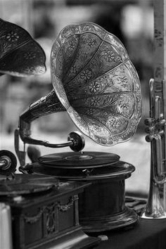 <3. Old record player. Got to have me one of these :).