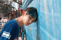Key and his blue hair# View# SHINee Shinee Odd, Shinee View, Bts Got7, Shinee Members, Shinee Albums, Chinese Fans, Choi Min Ho, Kim Kibum, No Kidding