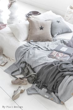Neutral bed on floor