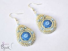 Boucles d'Oreilles Brod�es Bleu Argent�