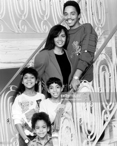 African American music group The Jackson Five member Marlon Jackson and his wife Carol pose with their three children Valencia, Brittny and Marlon, Jr, (Photo by Afro American Newspapers/Gado/Getty Images) The Jackson Five, Jackson Family, Janet Jackson, Stand Up Comedians, The Jacksons, Black Families, Family Goals, Soul Music, African American History