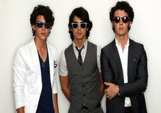 Get here latest list of top Jonas Brothers songs including upcoming release album V 2013 sound tracks. Complete list of Jonas Brothers discography....
